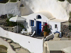 Santorini - Ia 02 (timinbrisneyland) Tags: terrace santorini greece ia bluedoor bouganvillia