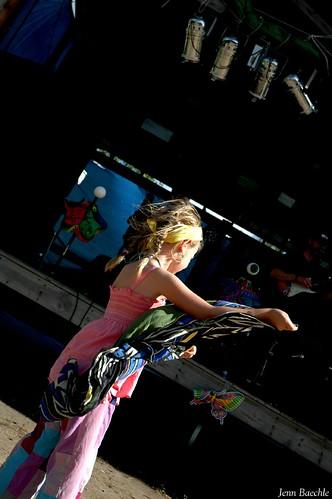 Scarf Dancer 3