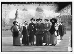 Suffragettes at capitol: Mrs. [Russell] McLennan, Mrs. Aletha Taft, Louise Bridges, Mrs. [Richard Coke] Burleson, Alberta Hill, F.  Ragsdale  (LOC)