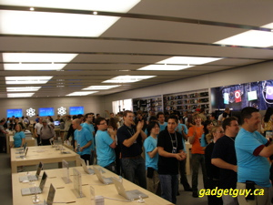 AppleStore Edmonton - Grand Opening