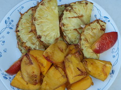 2644126208 33b3066238 m Grilled Fruit Desert.