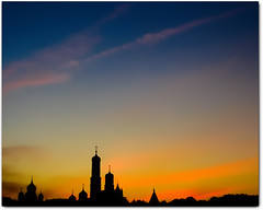 yellow third Rome (Martjusha) Tags: city light sunset sky orange black church yellow dark evening tramonto colours colore bell russia blu moscow north churches onions cielo onion colourful citycenter colori moskau luce mosca kremlin rusland sera arbat rus kreml   russianfederation  redsqaure  colorato towerbell piazzarossa mywinners cremlino krasnayaploshad moscowcenter aplusphoto thirdrome  goldenvisions martjusha martjushasphotos