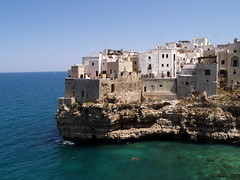 "Polignano a Mare • <a style=""font-size:0.8em;"" href=""https://www.flickr.com/photos/21727040@N00/2776633003/"" target=""_blank"">View on Flickr</a>"