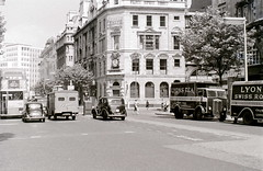 Kingsway cnr. High Holborn, London, 1 August 1955 (allhails) Tags: london kingsway lyons highholborn bw30