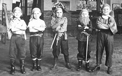 Early crewmen ( Georgie R) Tags: london pirates greenwich pirate jollyroger captainhook pirateday internationaltalklikeapirateday internationalpirateday halstowroadinfantschool