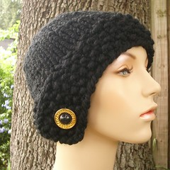 Chunky Cloche Hat in Ebony