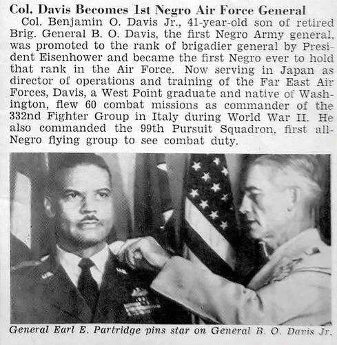 Col Benjamin O Davis Jr Becomes 1st Negro Air Force General - Jet Magazine, November 11, 1954 por vieilles_annonces.
