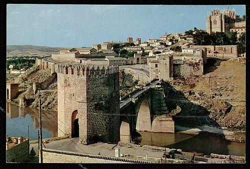 Puente y Puerta de San Martín en 1961