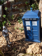 Cyberman finds the TARDIS