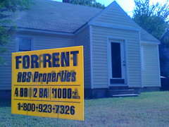 An effective For Rent sign,