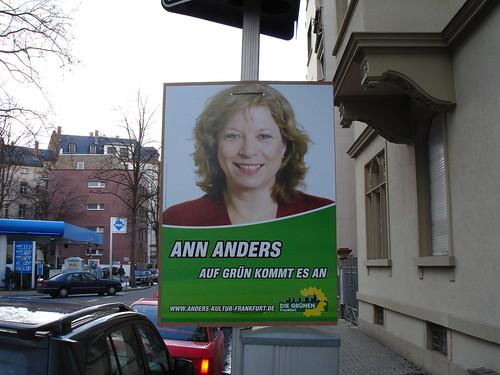 Wahlplakat der Kandidatin Ann Anders zur Frankfurter Kommunalwahl 2006