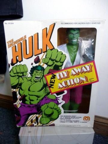 12_hulk_flyaway