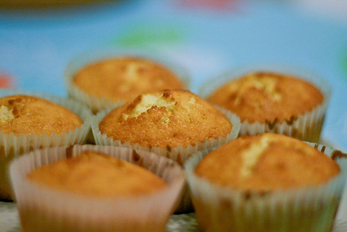 vegan muffinsapplesauce