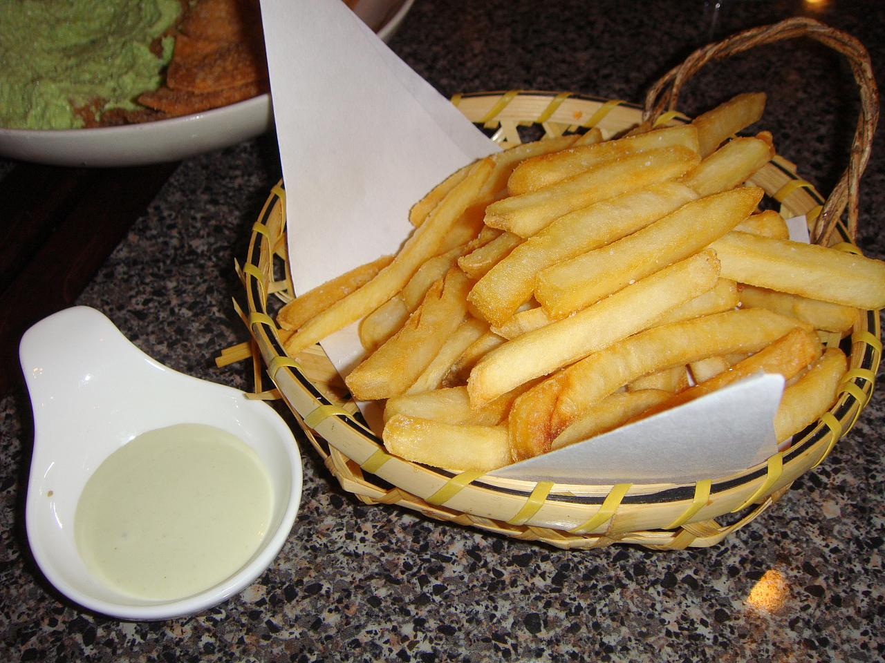 Fries with wasabi aioli