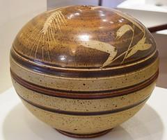 AMOCA 11-22-08 a 007 (saimo_mx70) Tags: california art museum ceramics carving clay pomona thrown woodfired amoca frankboyden tomcoleman americanmuseumofceramicart