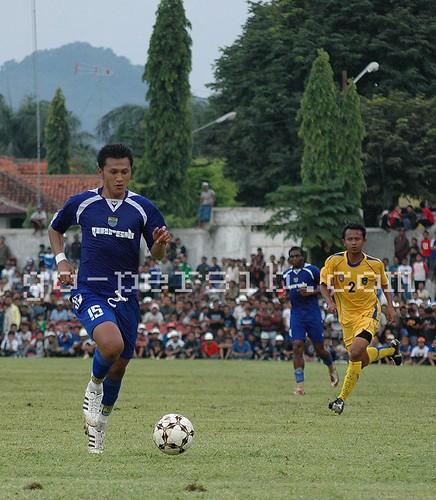 Zaenal Arif Persib Bandung
