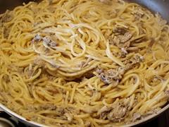 Spaghetti funghi con la panna