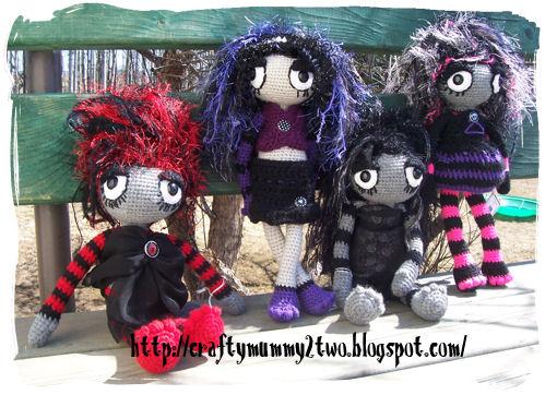 4 dark gals