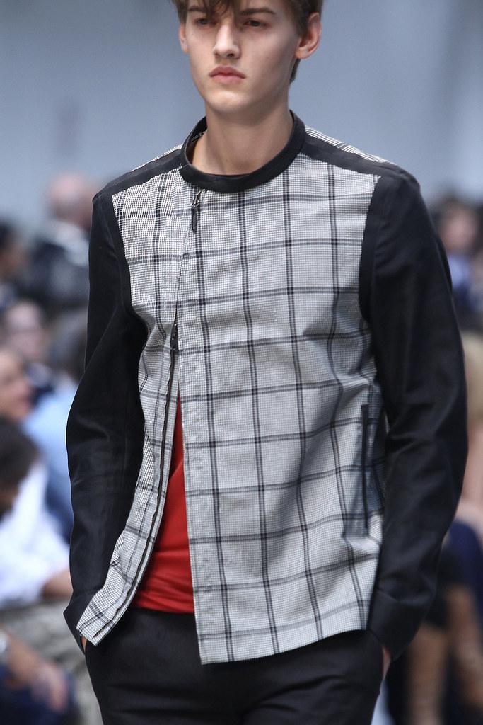 SS12 Milan Costume National Homme042_Christian Plauche(VOGUEcom)