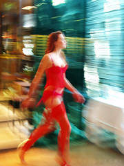 red shift (AraiGodai) Tags: portrait people blur girl beautiful asian interesting walk explore thai redshift dopplereffect araigordai explore22 raigordai araigodai