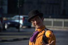giocoleria (lomo_witch_project) Tags: street streetart face torino strada turin gioco faccia volto giocoliere