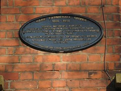 Photo of Marie Carmichael Stopes and Reginald Ruggles Gates black plaque