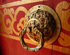 Bhutan at Folklife (` Toshio ') Tags: door red usa color detail mall temple gold washingtondc smithsonian dc washington districtofcolumbia colorful buddhist religion knocker folklife bhutanese toshio lhakhang abigfave buhtan landofthethunderdragon bhutanesebuddhistlhakhang