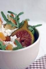 Fig Salad (Suzana [Gourmets]) Tags: salad brioche figs