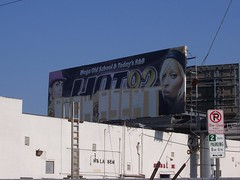 Clear Channel - Clean up your billboard