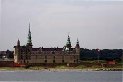 Kronborg (kaktuslampan) Tags: sea castle water ferry denmark borg helsingor helsingør oresund øresund öresund kronborg oeresund
