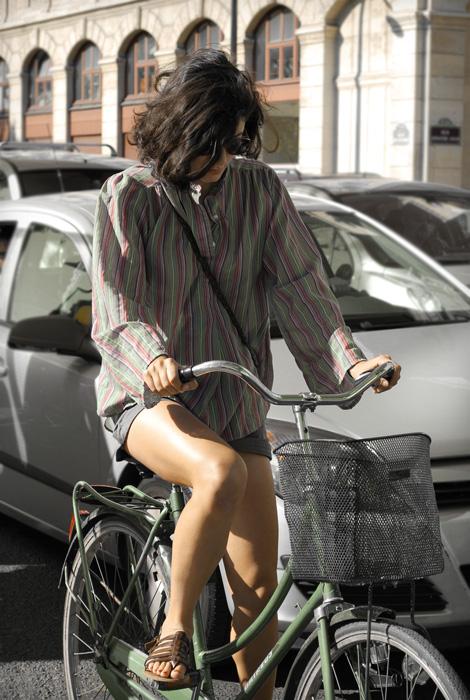 a bicyclette sur les quais de seine