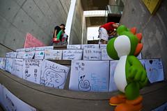 Have a date with Mr.Yoshi . (toughkidcst) Tags: 인형 헤이리 게임 마리오 파주 캐릭터 요시 닌텐도 시츄에이션 예술마을