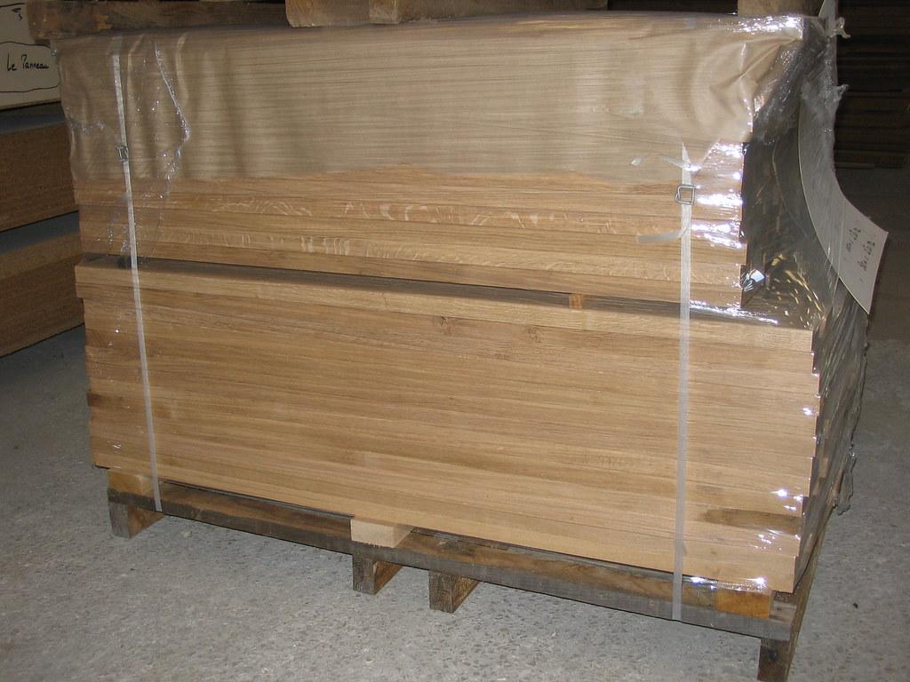 packaging for E2E solid oak