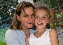 Anoushka and Aunty Yaya (Hannah & family) Tags: lara yaya anoushka aunty