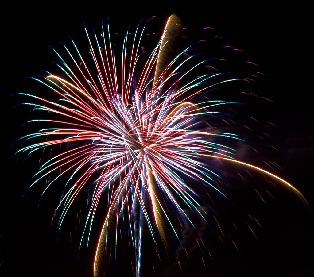 2961993186 2fda67e415 b Fireworks