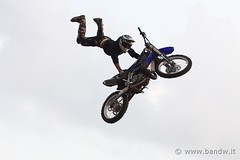 Free Style (12 views) (-Bandw-) Tags: wallpaper italy sport digital canon landscape eos rebel italia action free style moto motorcycle sicily biker wallpapers bandw 2008 stile sicilia bikers xsi trinacria sicile sizilien motociclet