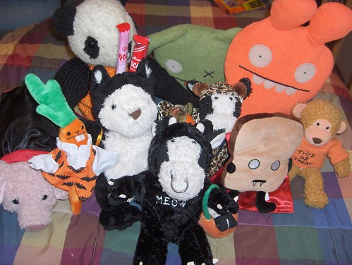 Me 'n my pals are all in our Halloween costumes!