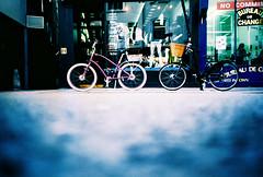 american beast, english rose (lomokev) Tags: bike bicycle lomo lca xpro lomography crossprocessed xprocess low ground lomolca cycle agfa jessops100asaslidefilm agfaprecisa electra lomograph townie agfaprecisa100 pashley precisa electratownie ratseyeview jessopsslidefilm ybike lomokevsbike flickr:user=lomokevsbike roll:name=081105lomolcab file:name=081105lomolcab36ps