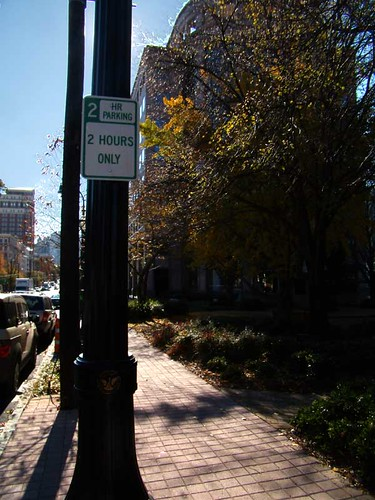 PB181264-Pershing-Point-Free-Parking-On-Peachtree