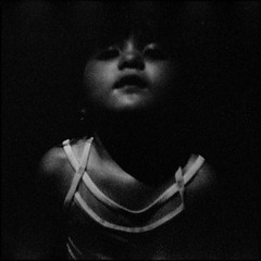 ~ A Child of the Universe (Mackeson) Tags: portrait bw film gabi thebigisland fujineopan1600 mackeson visionsofjohanna aod ixtlan nikonosv artlibre autaut bobdyland artlibres