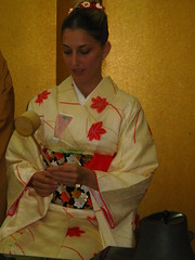 Everything has to be held in a Very specific manner (Anz-i) Tags: japan tea ceremony shikoku kimono matcha kagawa cha