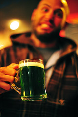 Weird Beer (Ross Finnie [20Hz]) Tags: ross finnie nikon d700 new zealand aotearoa nz dunedin otago