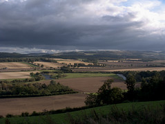 River Earn (Uisge Eireann) (selkovjr) Tags: clouds perthshire valley perth ochil earn eireann strath strathearn riverearn forgandenny dupplin b9112 uisgeeireann