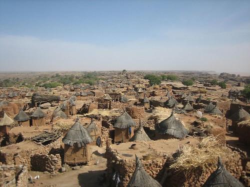 Ende, Dogon Village