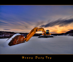 Heavy Duty Toy (Julien Robitaille Photographie) Tags: forest construction bravo mine forestry machine mining equipment machinery komatsu charlevoix excavator stlawrenceriver firstquality supershot littlepine fineartphotos abigfave infinestyle pellehydraulique heavydutytoy icecanoeracing julienrobitaille ilseauxcoudres