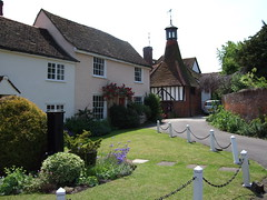Writtle. The village pump attendant cottages and the Oast House 2008 (Stuart Axe) Tags: old city uk greatbritain england village unitedkingdom victorian oldbuildings gb oldphotograph essex edwardian thenandnow chelmsford villagegreen oasthouse writtle countytown writtlegreen countyofessex unlimitedphotos cityofchelmsford