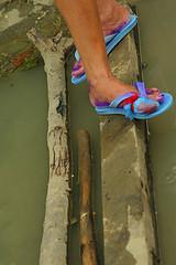 lan-ag (rafcerteza) Tags: storm water canon flooding mud flood philippines forsakenpeople tragedy eos350d typhoon disease iloilo calamity ailment typhoonfrank