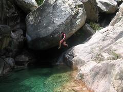 Les sauts : une découverte pour Caro qui aura fait deux fois le parcours par ses nombreuses répétitions