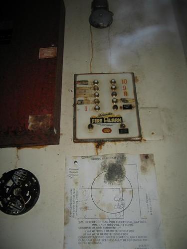 Vintage 10 zone fire alarm panel