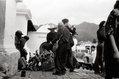 Viejos Hombres (Rai 幻の光) Tags: camera blackandwhite art film church monochrome 35mm canon vintage guatemala rangefinder canonet ql17 giii centralamerica centroamerica adox chs100 iglesiadesantotomas